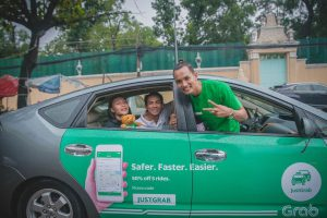The Best Cambodia Taxis & Tuk-Tuks Booking Apps